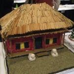 Пряничный дом с соломенной крышей