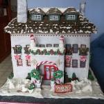 Пряничный дом с мансардой