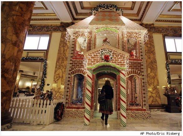 Пряничный дом в отеле Фермонт
