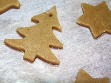 Отправляем будущее имбирное печенье в духовку